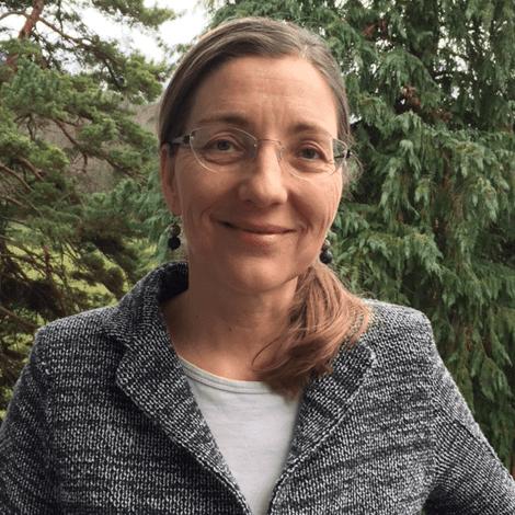 Dr. Andréa Finger-Stich