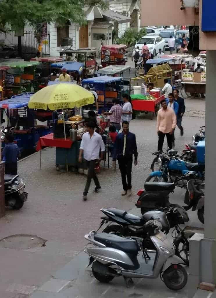 Photo: Hawkers, e-ricks outside a metro station (Self-clicked)